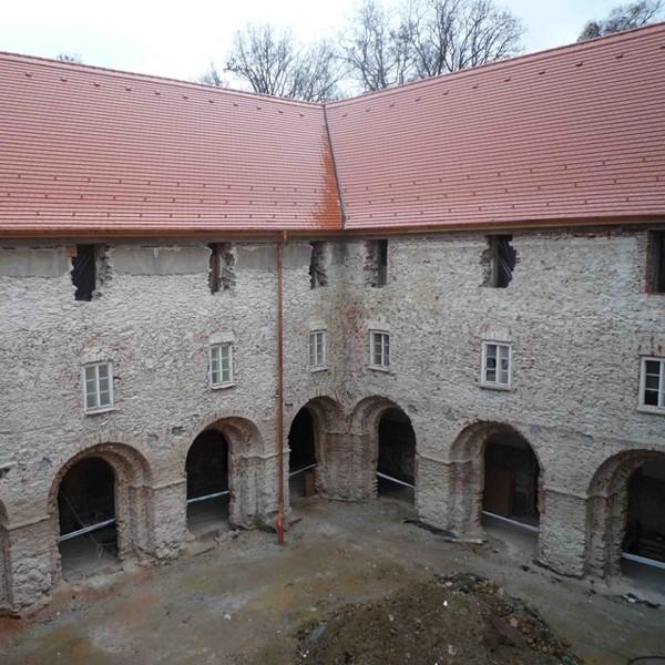 Kolostor rekonstrukció Sopronbánfalva