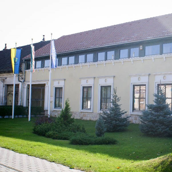 Kismarosi Faluház