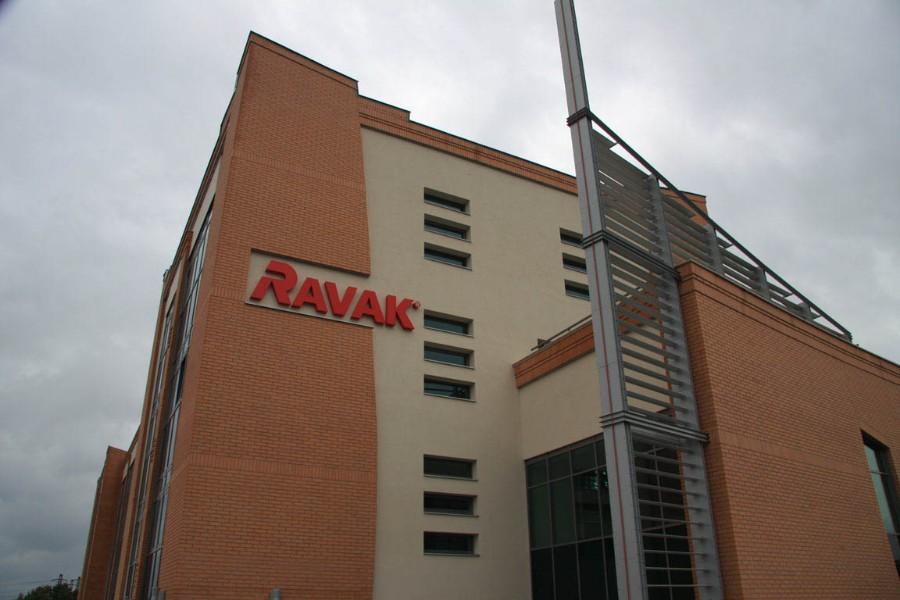 RAVAK II. KERESKEDELMI KÖZPONT
