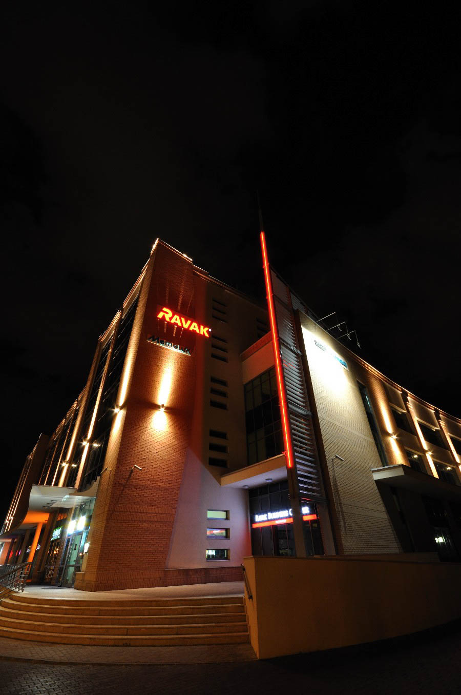 RAVAK kereskedelmi központ
