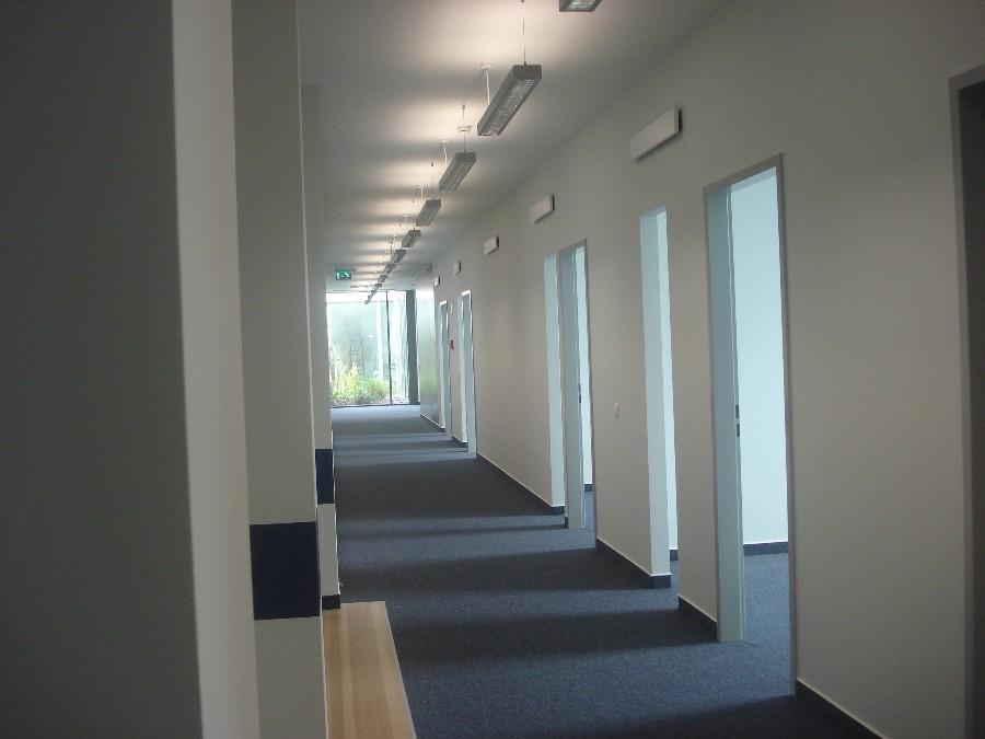 Bécsi Corner új irodák kialakítása